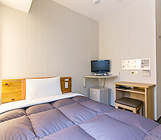 Clean and functional guestrooms