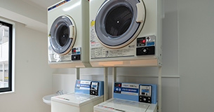 投幣式洗衣機、自動販賣機